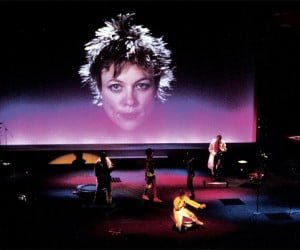 Laurie-Anderson-Home-of-the-brave